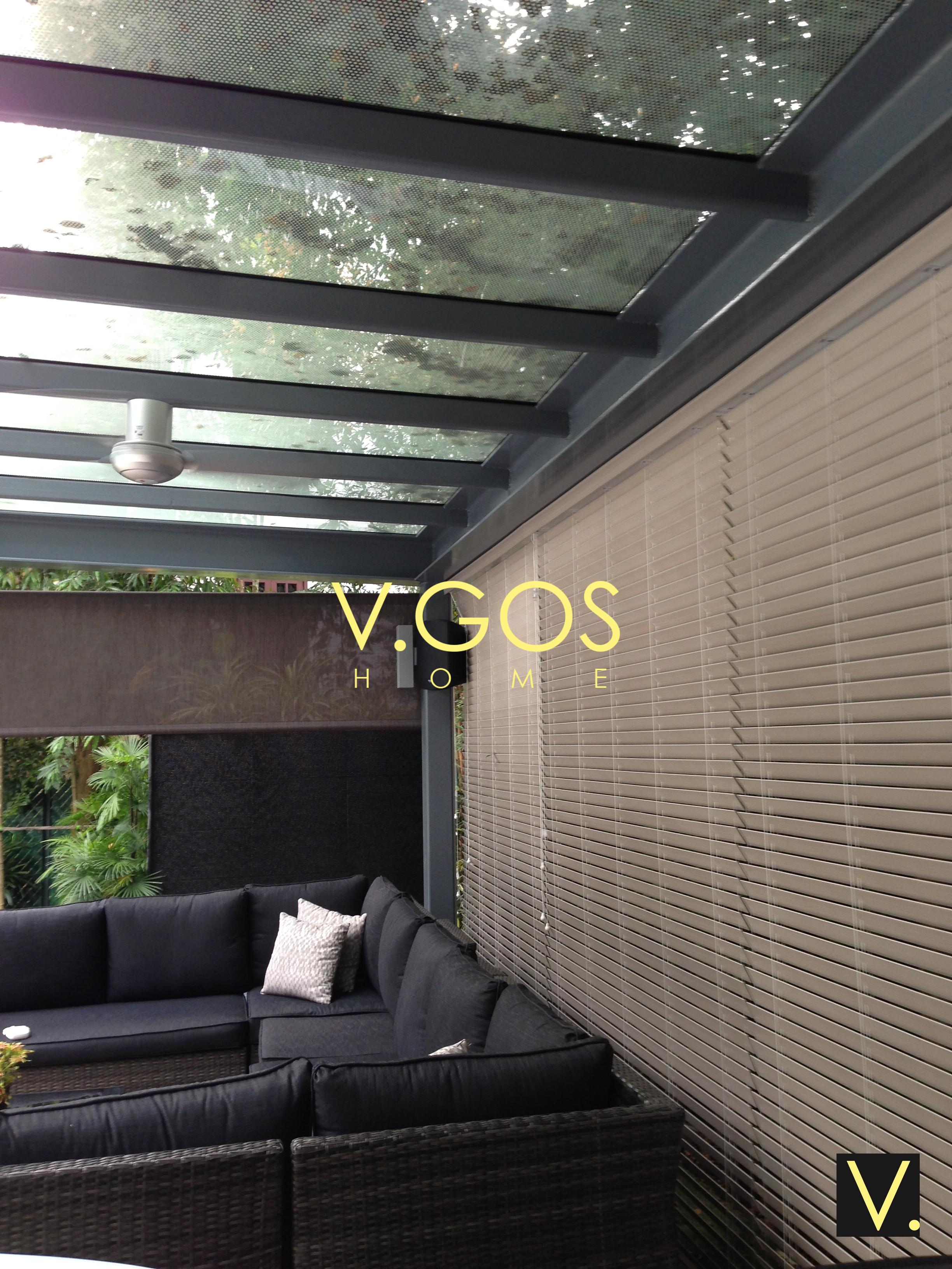 Basewood venetian blind with cable side guide for outdoor