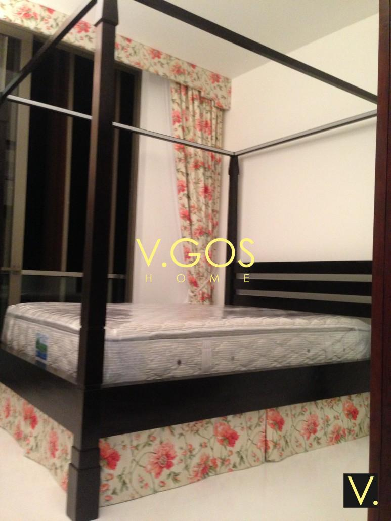 Four Poster Bed Soft Curtain Day And Night Curtain Bed